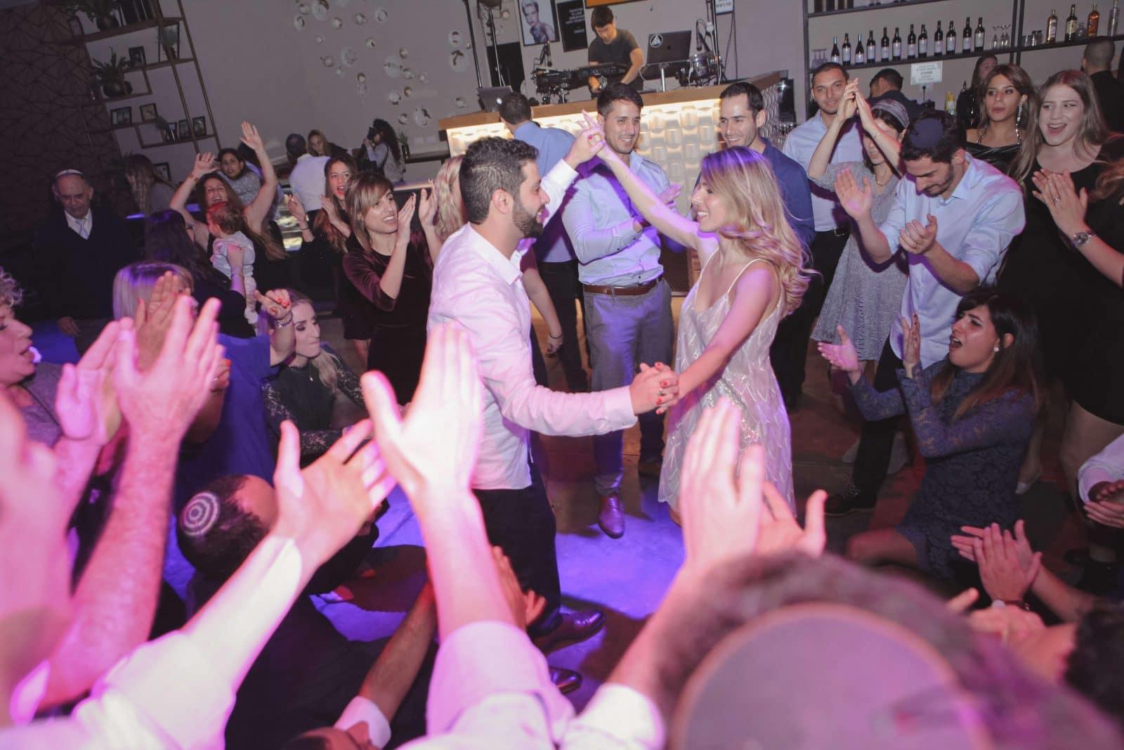 רחבת ריקודים גרייס- אולם בראשון